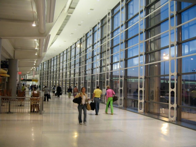 Newark_airport_Term_C