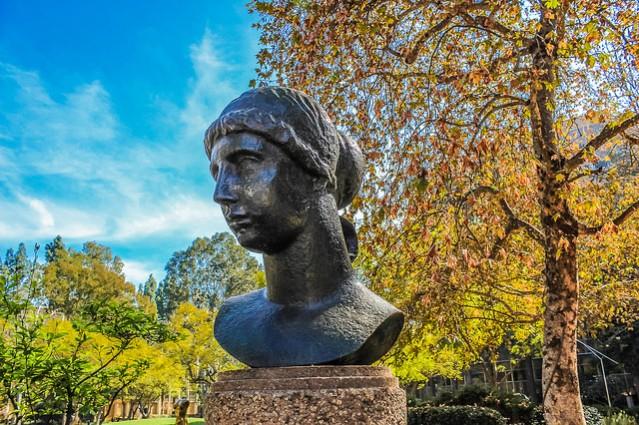 17126312672_eee97eea35_z Heroic Head sculpture garden